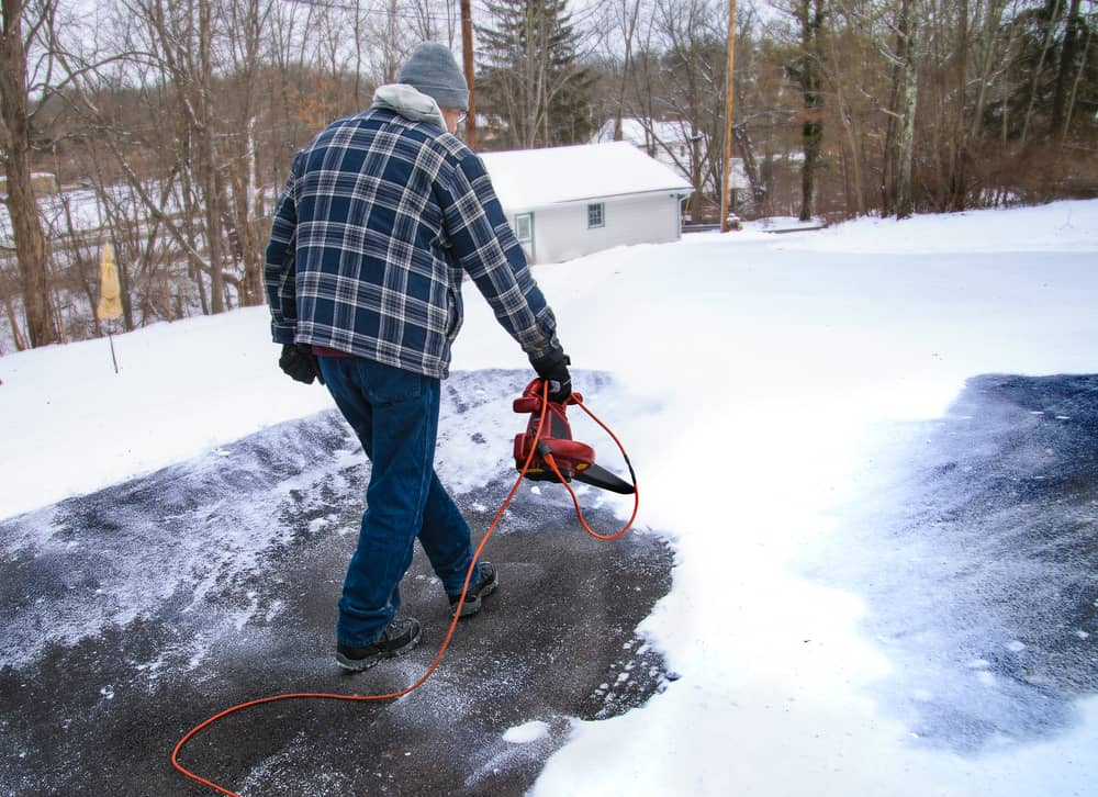 leaf blower for snow removal